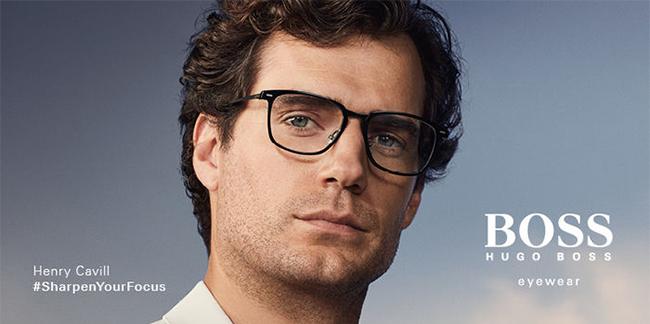 Henry Cavill Boss szemüvegben